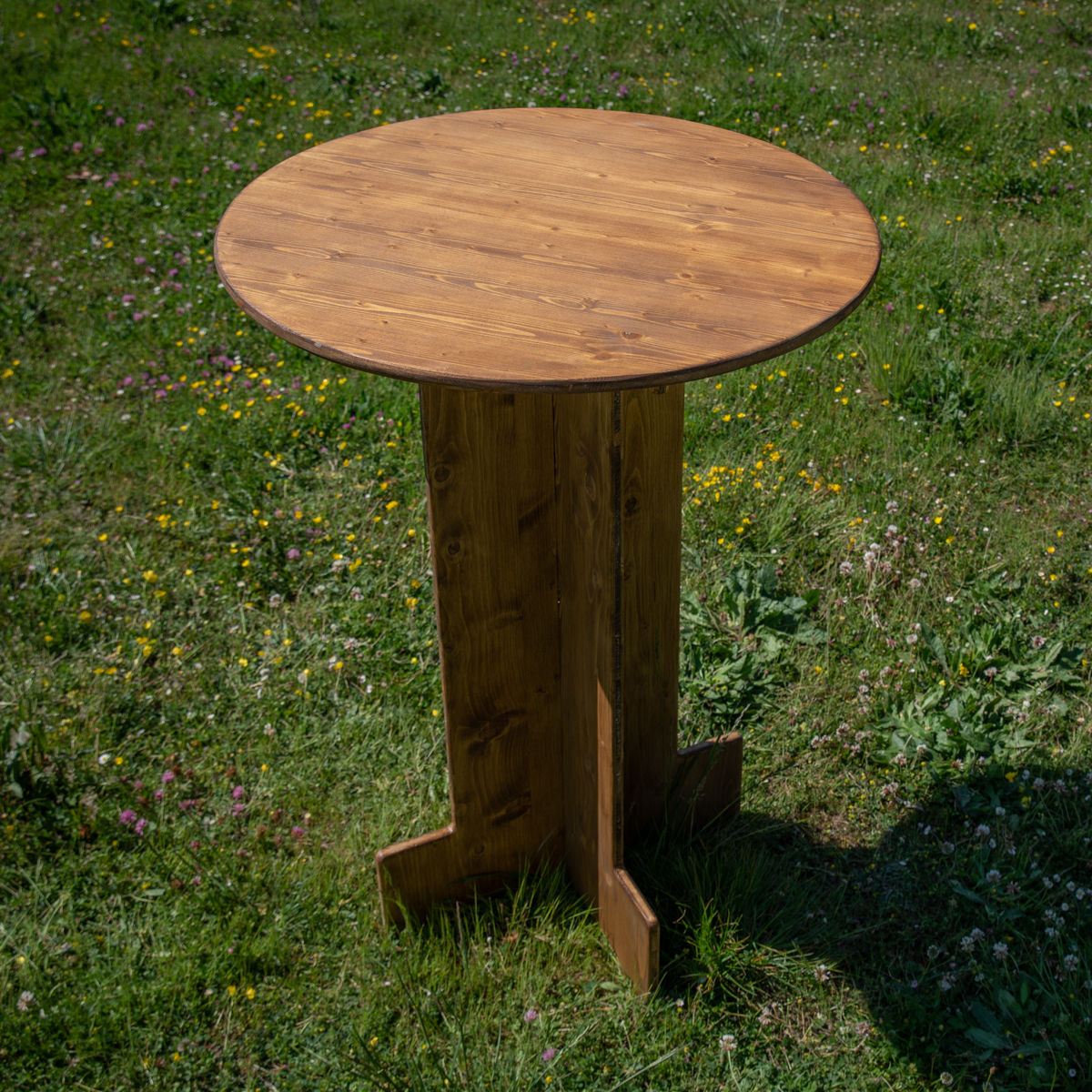 mange-debout rond en bois - Wood Stock Réception - Gers - Sud Ouest