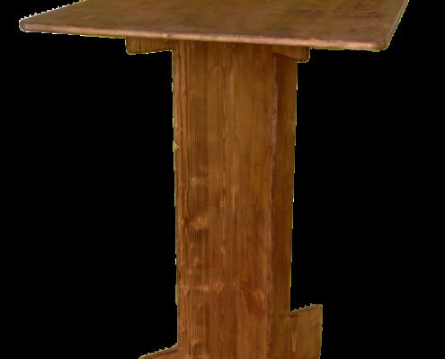 mange debout carré-location moblier bois - wood stock reception - gers - sud ouest