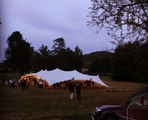 location tente de réception stretch moderne mariage champêtre - Wood Stock Réception - Gers - Sud Ouest
